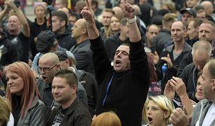 Demonstracje w Chemnitz po zabójstwie 35- letniego Niemca przez uchodźców