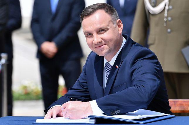 Andrzej Duda przedstawił propozycję pytań referendalnych
