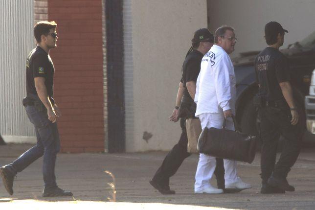 Aresztowano byłego ministra. Ukrywał w walizkach 16 mln dolarów