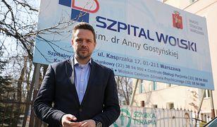 Trzaskowski: zakupiliśmy 30 łóżek i respiratory stacjonarne