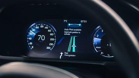 Volvo ostrzega przed autopilotem Tesli: chciejstwo, a nie prawdziwa autonomia