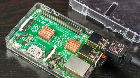 Zaczynamy zabawę z Raspberry Pi: osprzęt, instalacja i konfiguracja