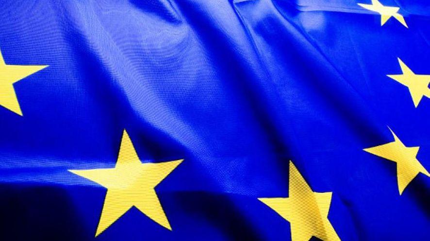 Bruksela chce powszechnego szyfrowania end-to-end i delegalizacji tylnych furtek