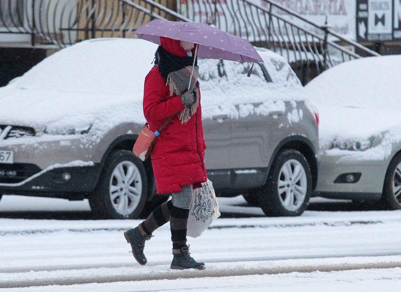 Zima kontratakuje. Śnieg nad Polską
