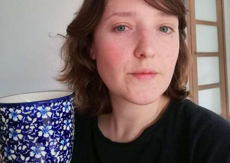 Przez tydzień piłam herbatę z młodej pokrzywy. Efekt? Zdrowa cera i więcej energii