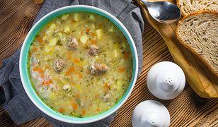 Najlepsze polskie zupy na zimę. Kosztują grosze, doskonale rozgrzewają
