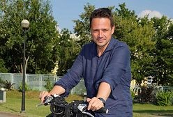 Rafał Trzaskowski pokazał zdjęcie z młodości. Ma na nim 17 lat
