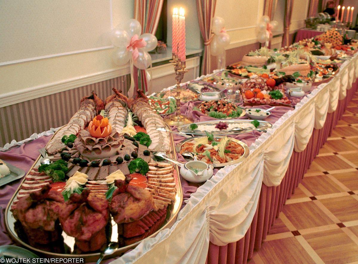 Menu na wesele. Z wystawnej uczty goście wyszli głodni