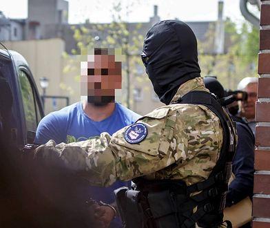 Polscy neonaziści rozpracowani. Zatrzymania ABW i policji w Dzierżoniowie w 2018 r.