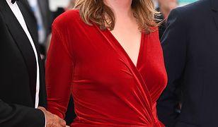 Śmiała Emmanuelle Seigner na gali festiwalu filmowego w Wenecji