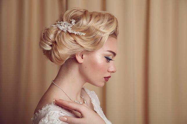 Upięcie ślubne podkreśla urodę panny młodej