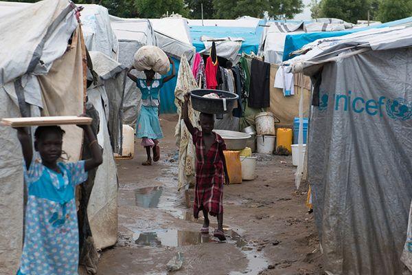 Liczba uchodźców z Sudanu Południowego w obozach ONZ przekroczyła 100 tysięcy
