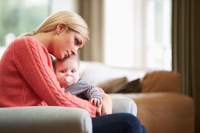 Co czwarte dziecko w Polsce rodzi się poza związkiem małżeńskim.