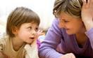 Pracujące matki to rzadkość. Czego się boją
