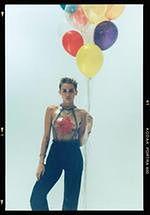Miley Cyrus pięknie śpiewa ''Cichą noc''