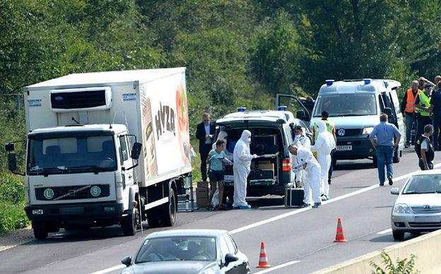 Kilkudziesięciu martwych uchodźców znaleziono w ciężarówce w Austrii