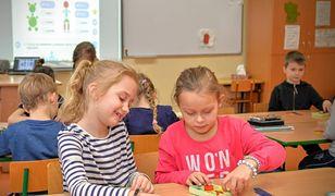 Paszyński odpowiada minister Zalewskiej: samorządy nie chcą zarabiać na dzieciach