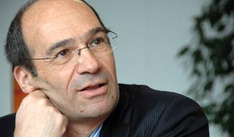 Francuski rząd chce podnieść wiek emerytalny