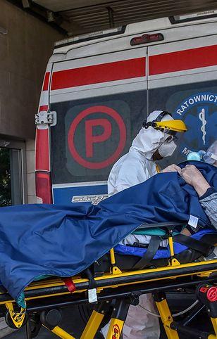 Praca ratowników medycznych w czasie pandemii była niebezpieczna i trudna