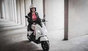 Włosi pokazali Piaggio 1. To elektryczny skuter z wyjmowanym akumulatorem
