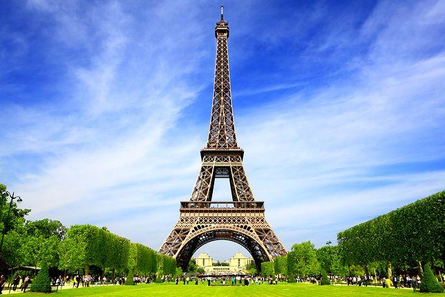 Wieża Eiffla jest symbolem Paryża