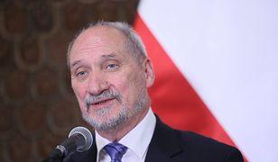 """Zdaniem Macierewicza """"powstanie raportu komisji Millera to obraz hańby i wstydu""""."""