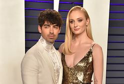 """Joe Jonas pokazał """"gorące"""" zdjęcie Sophie Turner z """"Gry o tron"""""""