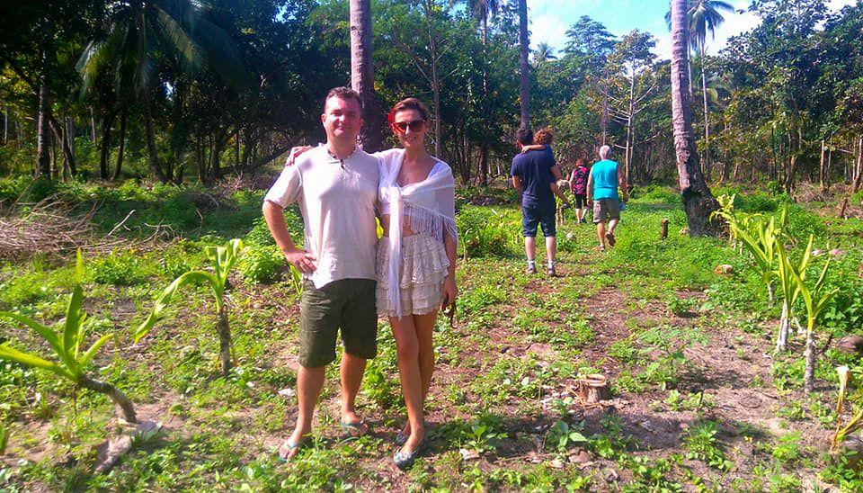 """Wybudował miniresort na Filipinach i żyje jak w raju. """"Bez chloru, smogu i konserwantów"""""""