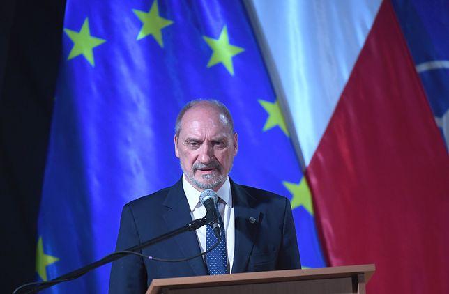 Macierewicz: atak na konsulat w Łucku wydaje się być prowokacją
