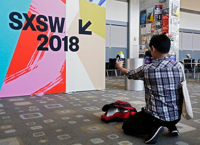 SXSW to nie tylko koncerty i projekcje. To również - dla wielu przede wszystkim - dyskusje o przyszłości świata