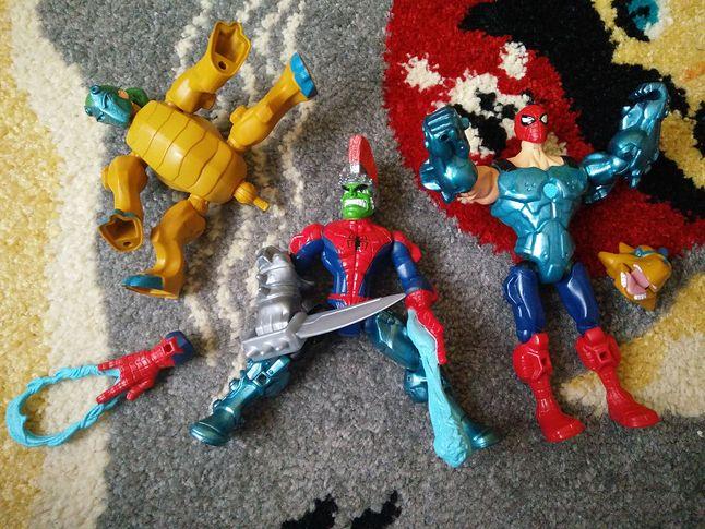 Superherosi w świetle dnia