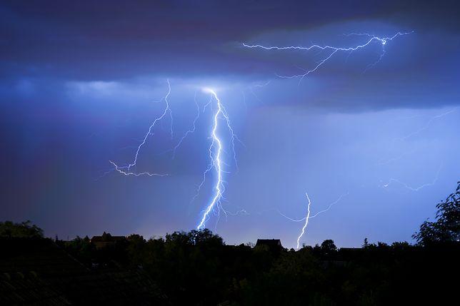 Burze z gradem w nocy pojawiły się w wielu częściach Polski / Zdjęcie ilustracyjne