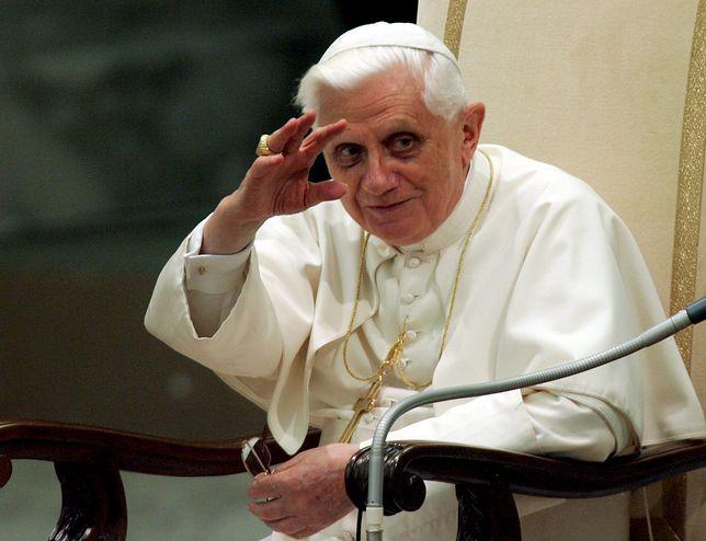 Benedykt XVI podczas swoich 90. urodzin w kwietniu 2017 r.