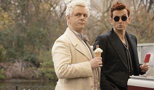 "Michael Sheen i David Tennant w ""Dobrym Omenie"""