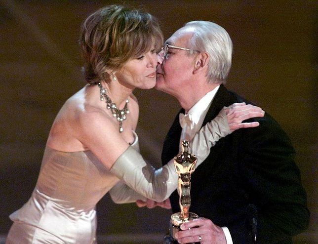 Tak wyglądało przemówienie Andrzeja Wajdy podczas uroczystości rozdania Oscarów w 2000 roku