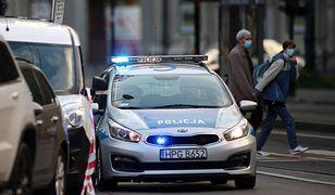 Warszawa. Nietrzeźwa kierowała pojazdem. Staranowała zaparkowane auta.