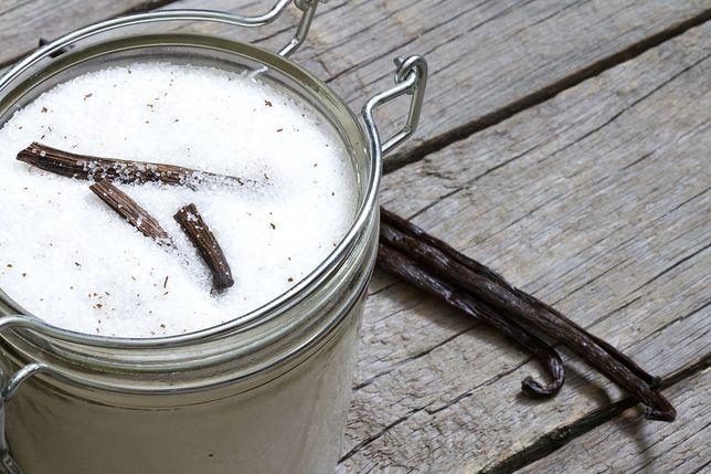 Cukier wanilinowy nie jest tym samym, co cukier z prawdziwą wanilią