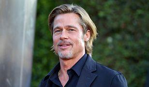 Brad Pitt szuka pomocy w kościele Kanye Westa