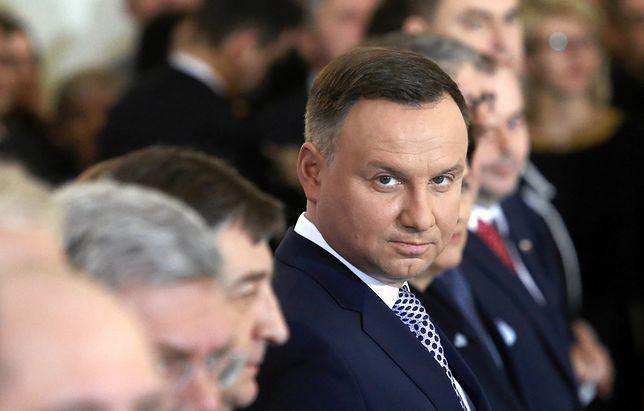 """Duda """"wymusił"""" odwołanie Macierewicza? Ważny polityk PiS mówi, jak było"""