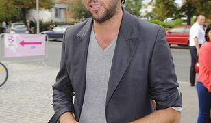 Olivier Janiak: od prawnika do gwiazdy telewizji. Jak zaczynał?