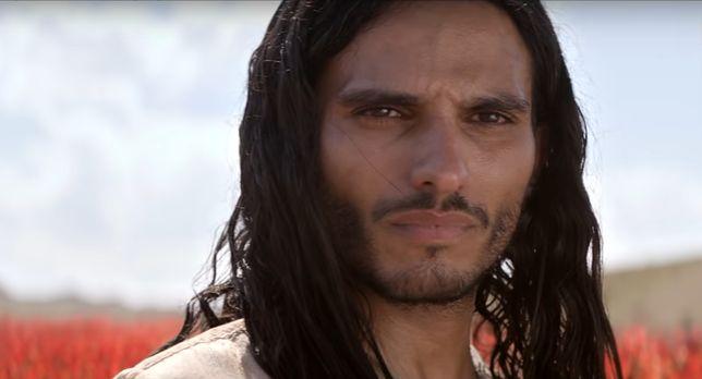 """""""Mesjasz"""": Jezus w XXI w.? Kontrowersyjny serial Netfliksa"""