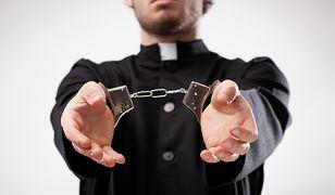 USA. Ksiądz molestował 17-latkę i wysyłał jej nagie zdjęcia