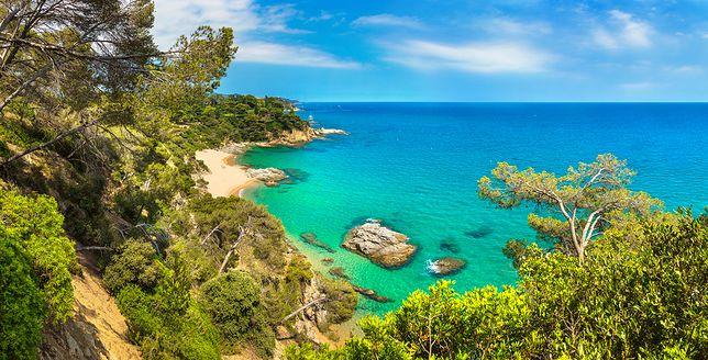 Costa Brava to liczne ukryte zatoki i turkusowa woda