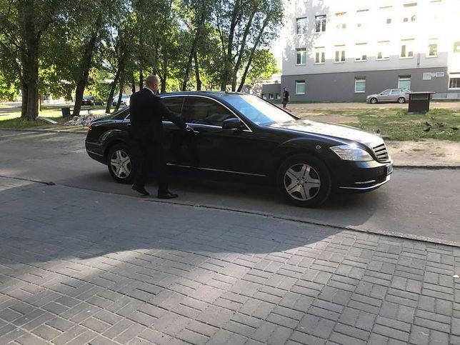 Jarosław Kaczyński opuścił szpital w asyście członków Służby Ochrony Państwa