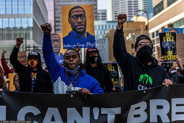 Śmierć George'a Floyda wywołała falę masowych protestów w 2020 r.