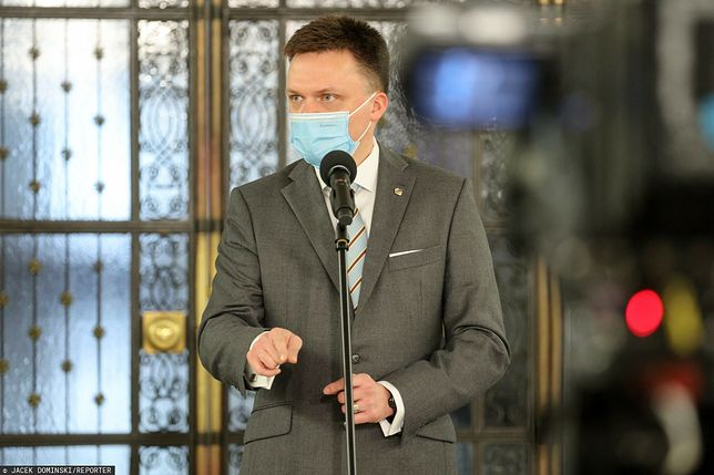 Szymon Hołownia liderem opozycji - twierdzą badani w najnowszym sondażu