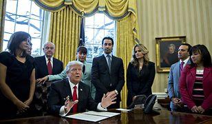 Donald Trump w Gabinecie Owalnym w Białym Domu