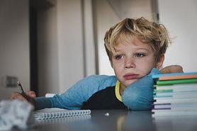 Stres szkolny - objawy, przyczyny, skutki, reakcje na stres