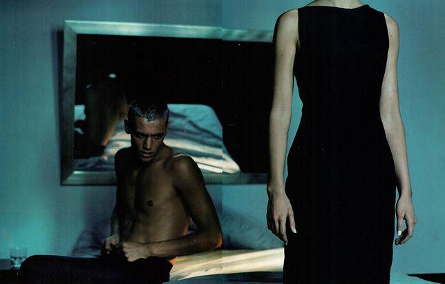 Kampania domu mody Gucci z molestowanym modelem, której autorem jest Mario Testino.