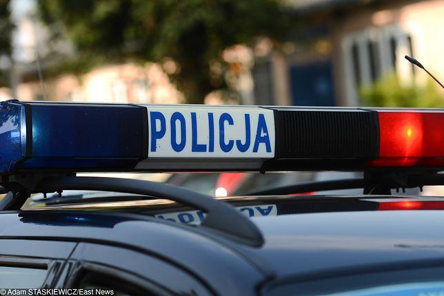 15-latek zabrał auto matce, kiedy poszła spać. Uciekał przed policją, jadąc 160 km/h